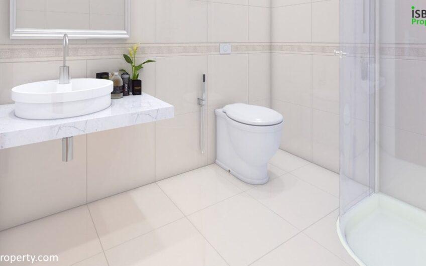Crescent Lake Tower Bath Room 1-min