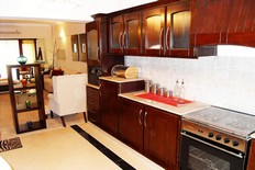 Country-Club-Apartments-Kitchen